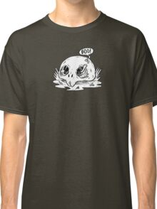 worm in skull Classic T-Shirt