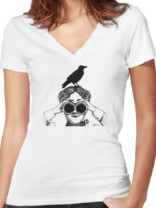 Where's that bird?! Women's Fitted V-Neck T-Shirt