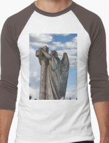 Angel statue embracing a cross  Men's Baseball ¾ T-Shirt