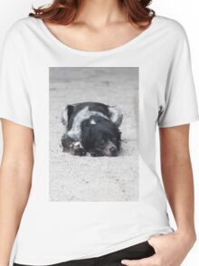 dog in the street Women's Relaxed Fit T-Shirt