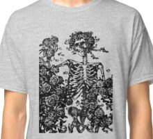 Grateful Dead - Skeleton Roses Classic T-Shirt