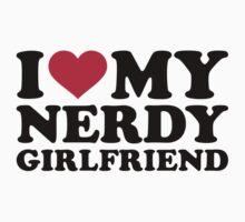 I love my nerdy girlfriend by Designzz