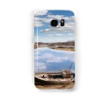 two beached fishing boats on Donegal beach Samsung Galaxy Case/Skin