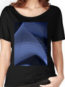 Blue waves, line art, curves, abstract pattern Women's Relaxed Fit T-Shirt