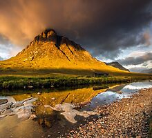 Golden light on Buachaille Etive Mor Scotland by Angie Latham