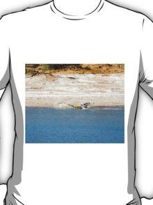 Saltwater Crocodile Eating 5/6 T-Shirt