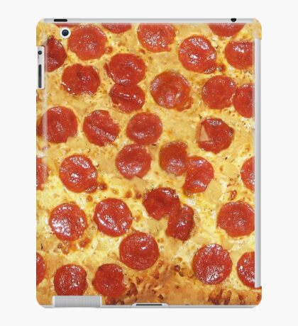 Delicious Pepperoni / Salami Pizza - Pattern with extra cheese iPad Case/Skin