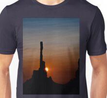 Sun peeks behind Totem Pole Unisex T-Shirt