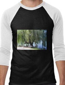 Old Weeping Willow Tree Men's Baseball ¾ T-Shirt