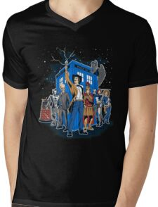 Doctor Who - Masters Of The Whoniverse Mens V-Neck T-Shirt