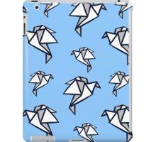 Paper bird origami background  iPad Case/Skin
