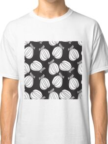 Black and white poppies pattern Classic T-Shirt