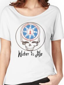 Water is life standing rock stealy Women's Relaxed Fit T-Shirt