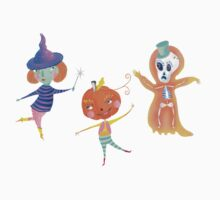 pumkie, skullie and hanky are having a party Baby Tee