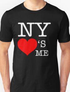 New York loves me. T-Shirt