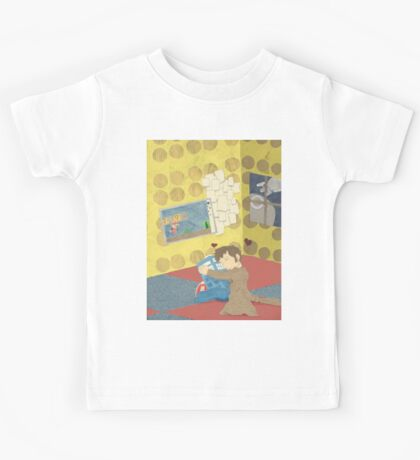 The Doctor Hugging a Tardis in color Kids Tee