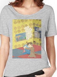 The Doctor Hugging a Tardis in color Women's Relaxed Fit T-Shirt