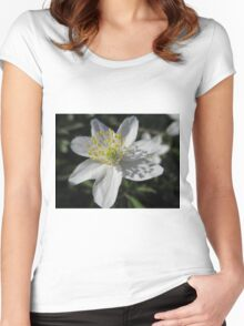 Single White Wood Anemone Women's Fitted Scoop T-Shirt
