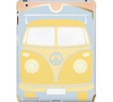Retro van card illustration with French text for happy holidays iPad Case/Skin