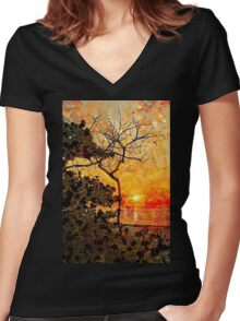 Hot Night In The Tropics Women's Fitted V-Neck T-Shirt
