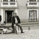 Lunchtime in Quito - no sign of lunch yet.... by Mike Honour