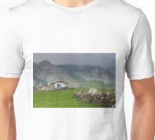 Soba valley, Cantabria Unisex T-Shirt