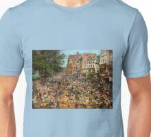 City - France - Les Halles de Paris 1920 Unisex T-Shirt
