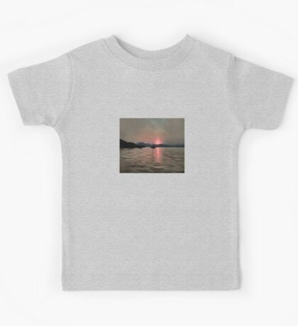 Sunset Shores In Pink And Grey Kids Tee