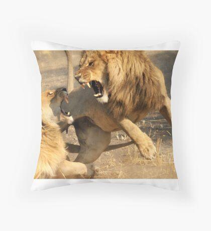 Love bite. Throw Pillow