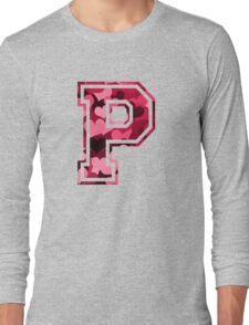 College letter P with hearts pattern Long Sleeve T-Shirt