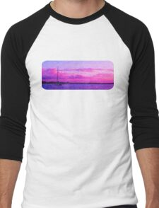 Crimson Sunrise. Printed Scenic Mugs. Photo Art. Men's Baseball ¾ T-Shirt