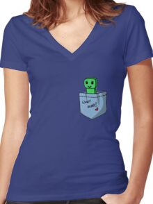 Minecraft Creeper Women's Fitted V-Neck T-Shirt