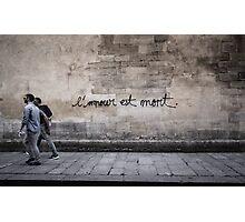 L'amour est mort.. Photographic Print