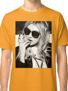 Taylor Momsen Black and White Classic T-Shirt