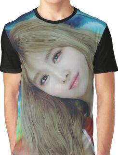 Momo -twice Graphic T-Shirt