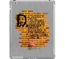 Dr. Martin Luther King, Jr. speaks through wall art iPad Case/Skin