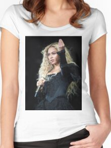BOW DOWN  FOR QUEEN BEY Women's Fitted Scoop T-Shirt