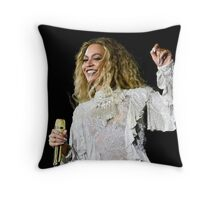 Beyoncé - Formation World Tour 2016 Throw Pillow