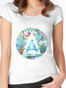AWAYNII Women's Fitted Scoop T-Shirt
