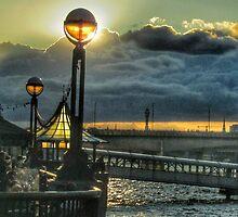 Riverside lamplight - London by InterestingImag