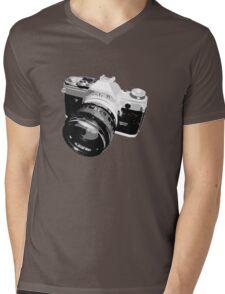 Black and White 35mm SLR Design Mens V-Neck T-Shirt