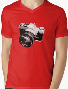 Black and White 35mm SLR Design Mens V-Neck T-Shirt