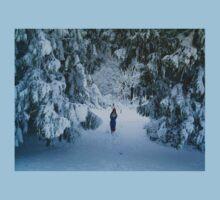 WINTER WONDERLAND GROTTO IN DEVON GARDEN AFTER SNOW Kids Tee