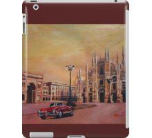 Milan Cathedral with Oldtimer Convertible Alfa Romeo iPad Case/Skin