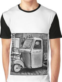 "Italian Vespa ""truck"" Graphic T-Shirt"