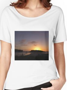Looking out to the sunset over the ocean Women's Relaxed Fit T-Shirt