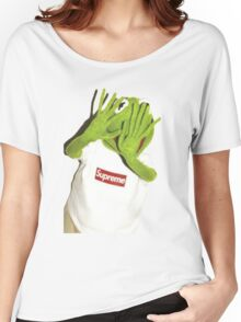 Kermit Photobomb Women's Relaxed Fit T-Shirt