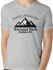 ROCKY MOUNTAIN NATIONAL PARK COLORADO MOUNTAINS HIKING CLIMBING CAMPING Mens V-Neck T-Shirt