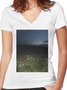 countryside photography Women's Fitted V-Neck T-Shirt