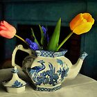 Tulip Teapot by RC deWinter